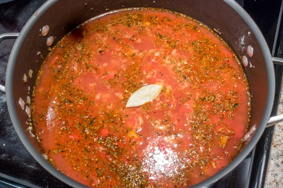 Simmer your lasagna soup with a bay leaf for great Italian flavor