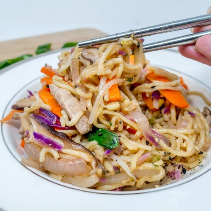Tangy Yakisoba – Japanese Stir Fried Noodles